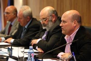 José Carlos Piñeiro, educador social y mediador de la Xunta intervino en la mesa redonda